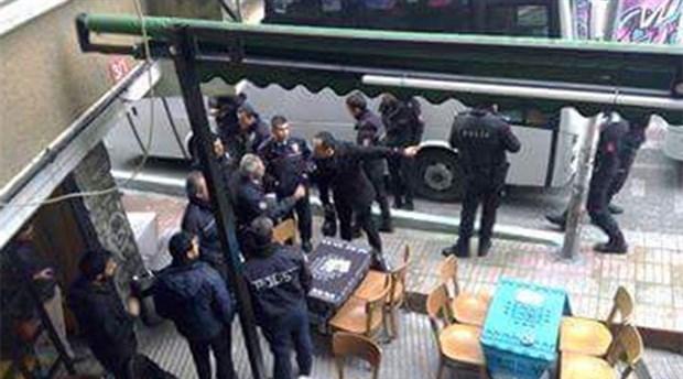 Polis, çay vermeyen Kadıköy 26A Cafe'yi kuşattı