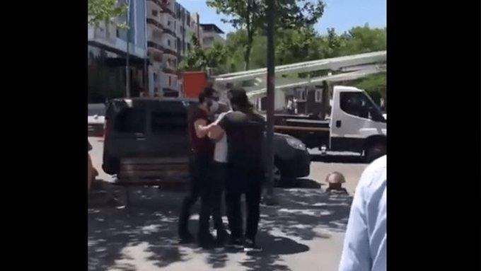 Polisten kimlik soran vatandaşa darp ve hakaret