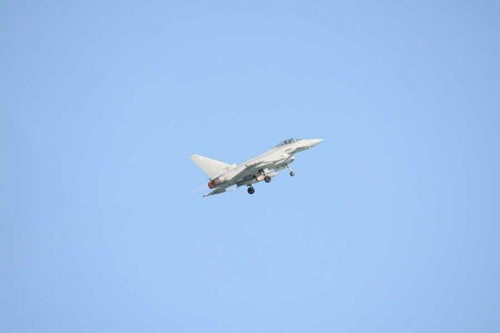 SANA: Suriye'de askeri havaalanına füze saldırısı gerçekleştirildi