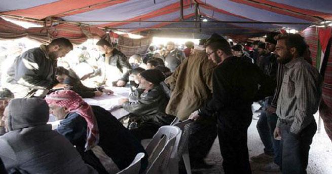 SANA: Suriye'de yüzlerce kişi af için teslim oldu