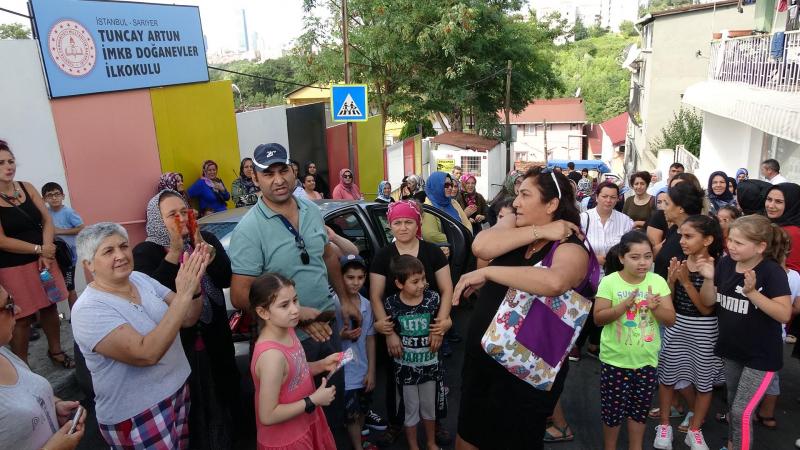Sarıyer'de bir okul deprem riski nedeniyle kapatıldı, veliler tepki gösterdi