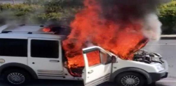 Satın aldığı araba 15 dakika sonra yandı!
