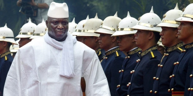 Senegal Ordusu, seçimi kaybeden başkanın OHAL ilan ettiği Gambiya'ya girdi