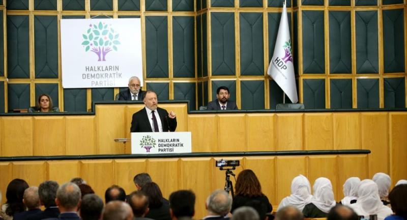 Sezai Temelli'den Kürtçe konuşan Binali Yıldırım'a: Diyarbakır Diyarbakır olalı böyle Kürtçe duymadı