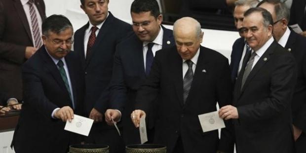 Sinan Oğan: Ülkenin kaderini 10 MHP'li milletvekili belirledi; ülkücüler bu vebalin hesabını soracak!