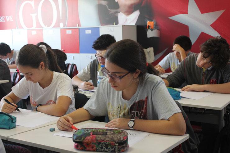 Sınavla öğrenci alan okullar ve kontenjanları belli oldu