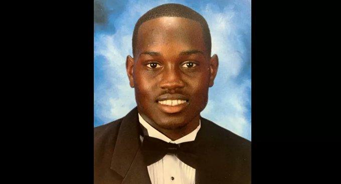 Siyah gencin vurulduğu anın görüntüsünü çeken kişi cinayetle suçlandı
