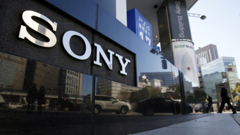 Sony, katlanabilen telefon akımına katılıyor