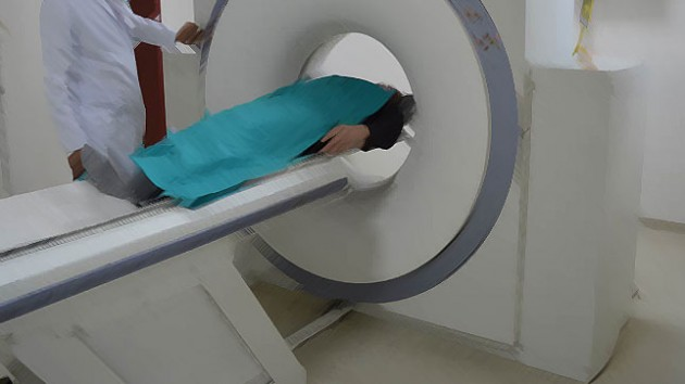 Tomografi çektirirken öldü