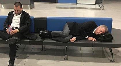 Trabzonspor Başkanı havaalanında uyudu