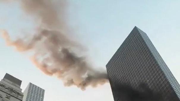 Trump Tower'da yangın! Ölü ve yaralılar var...