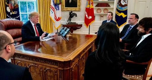 Trump: Twitter bana iyi davranmıyor, ayrımcılık yapıyorlar, birçok kişiyi de takip listesinden çıkarıyorlar