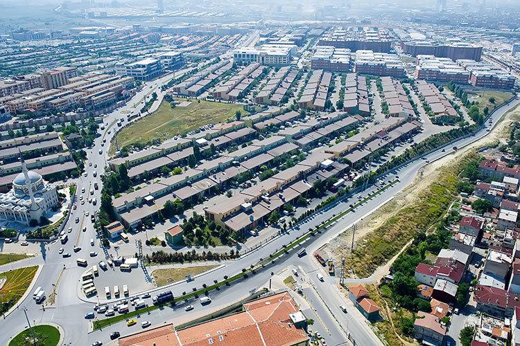 Tuzla'nın ardından Başakşehir'de fabrika yangını