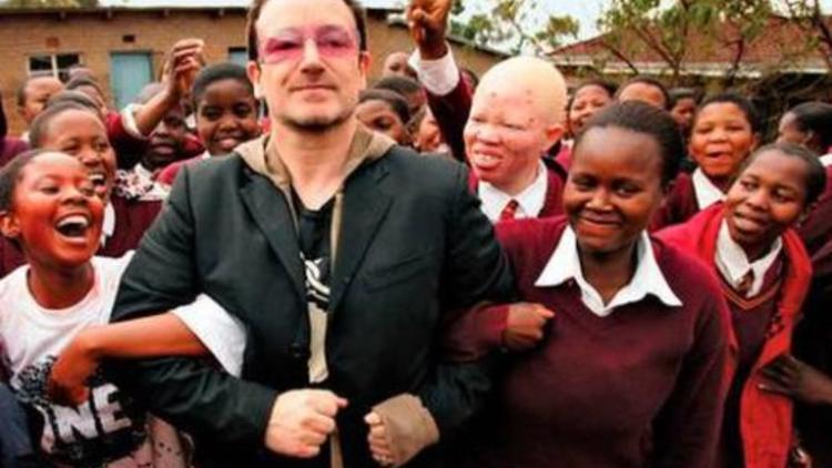 U2'nin Kurduğu Yardım Kuruluşunda Skandal