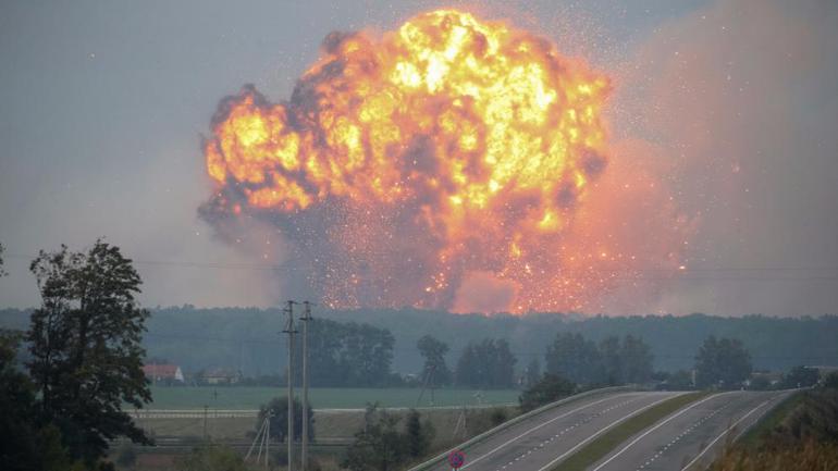 Ukrayna'da patlama! 24 bin kişi tahliye edildi...