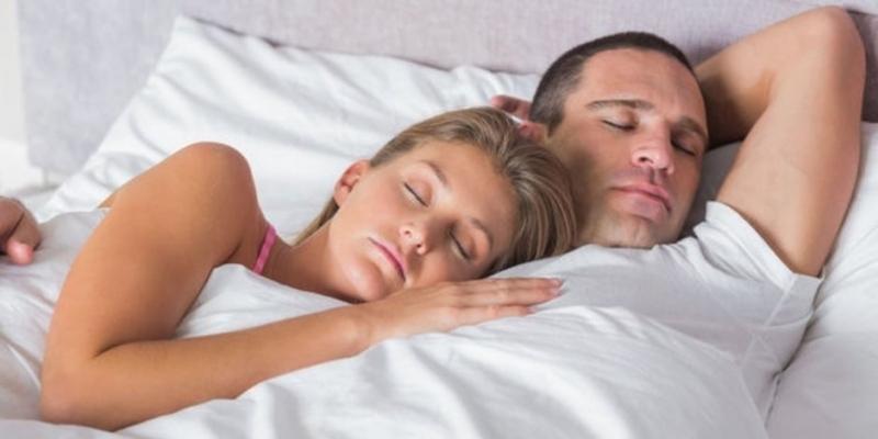 Uzmanlar: Uykudan önce seks yapın
