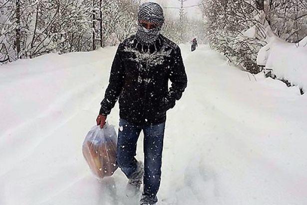 Van, Hakkari ve Bitlis'te 737 yerleşim yerine ulaşım sağlanamıyor