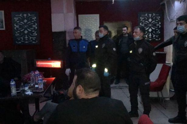 Yasağa rağmen gece kulübünü açtılar: 20 gözaltı