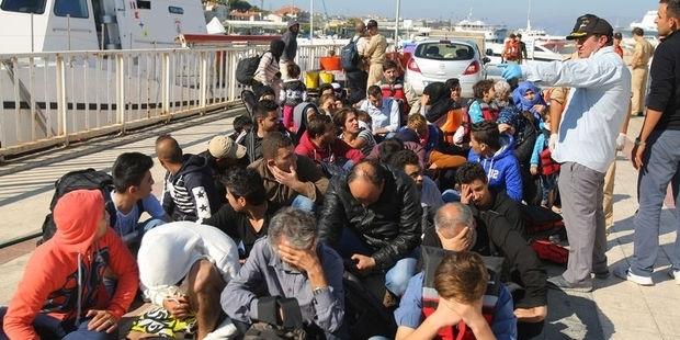 Yunan basını: Türkiye günde 3 bin mülteciyi geri göndermeyi planladı
