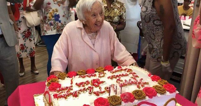 107 yaşına giren kadın uzun yaşamın sırrını verdi: Bekarlık