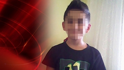 13 yaşındaki çocuk babasını uyurken öldürdü