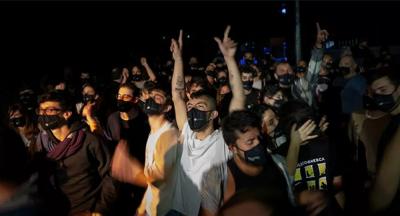 465 kişi, sosyal mesafe olmamasına rağmen Covid-19'a yakalanmadı