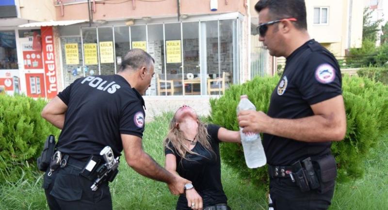 5 araba ve ekip otosuna çarpan alkollü kadın: Ben çarpmadım, öptüm