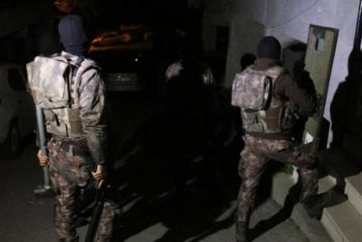 5 ilde 'FETÖ' operasyonu: 22 gözaltı