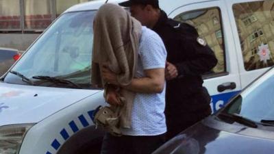 6 kadına cinsel organını gösteren kişi serbest bırakıldı