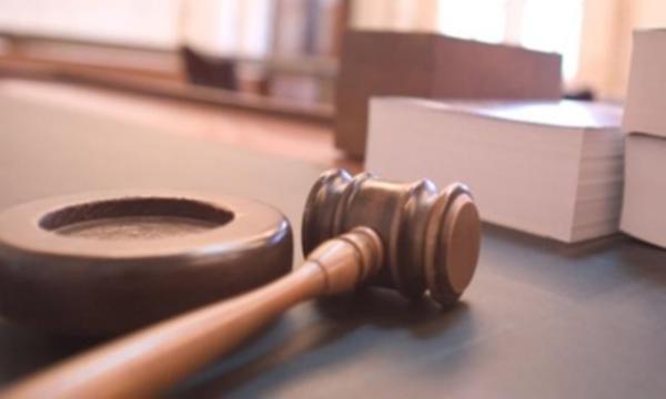 60 yaşındaki babasını döverek öldürdü, cezası indirildi