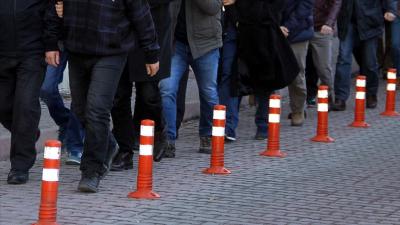 64 eski polis FETÖ'den gözaltına alındı