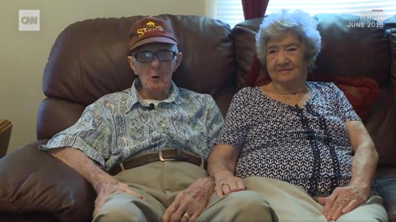 71 yıldır beraber olan çift 12 saat arayla öldü