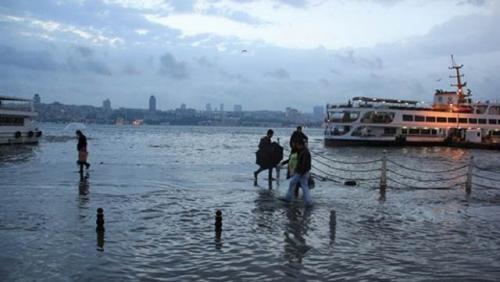 Üsküdar'dan yine tsunami manzarası!