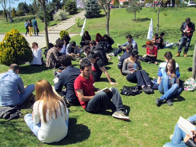 Abbas Güçlü: 'Üniversite terk'ler yüzde 92 arttı