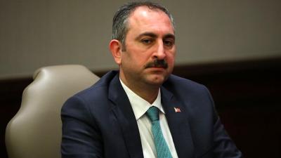 Adalet Bakanı: Duruşmalar durduruldu olayın seyrine göre süre uzayabilir