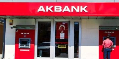 Akbank, 700 milyon dolar kredi aldı