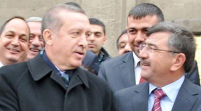 AKP'li Belediye başkanı istifa etti