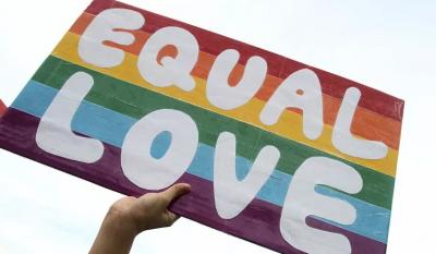 Almanya'da eşcinselliği 'hastalık' olarak tanımlayan Türk doktor görevden alındı