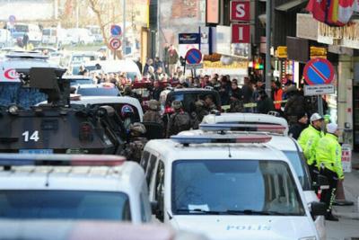 Ankara'da bir otelden çevreye ateş açan kişi gözaltına alındı