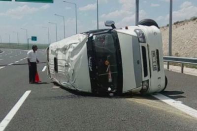 Ankara'da işçileri taşıyan araç devrildi: Ölü ve yaralılar var