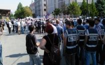 Ankara'da KESK üyelerine polis müdahalesi!