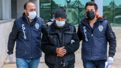 Antalya'da köpeğe cinsel saldırıda bulunan kişi gözaltına alındı