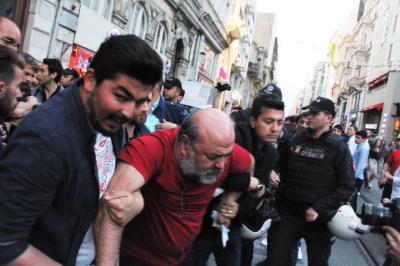 Antikapitalist Müslümanlar'a polis müdahalesi! İhsan Eliaçık gözaltında