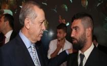 Arda Turan'dan Erdoğan'a: Benim başkomutanım sizsiniz!