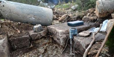 Arkeolojik alanda antik sütunlara zarar verdiler