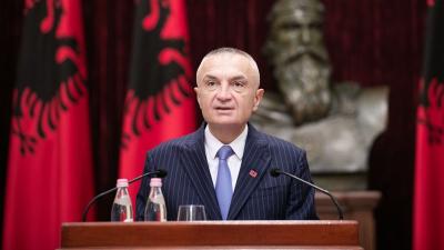 Arnavutluk Cumhurbaşkanı'ndan halka ayaklanma çağrısı: Hükümeti devirin