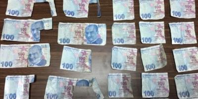 ATM'ye sahte para yatıran 2 kişi tutuklandı