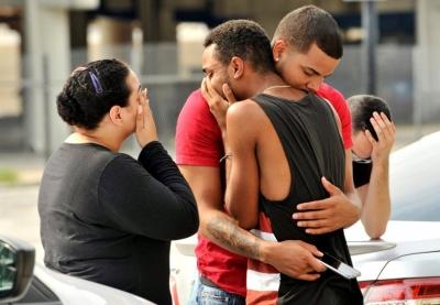 Avukat: Orlando katliamında görev yapan polisler eşcinsellerden AIDS kapmış olabilir!