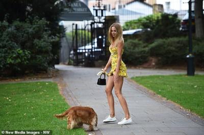 Avustralya'da baktığı köpeği yürüyüşe çıkarmayanlara 2 bin 700 dolar ceza