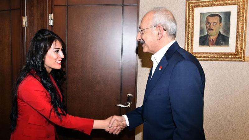 Ayşe öğretmen, Kılıçdaroğlu'nu ziyaret etti